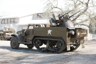 Vintage fighting vehicles to be sold in Los Trancos Woods | News