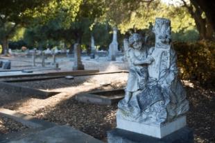 Saturday: Menlo Park Historical Association leads tour of